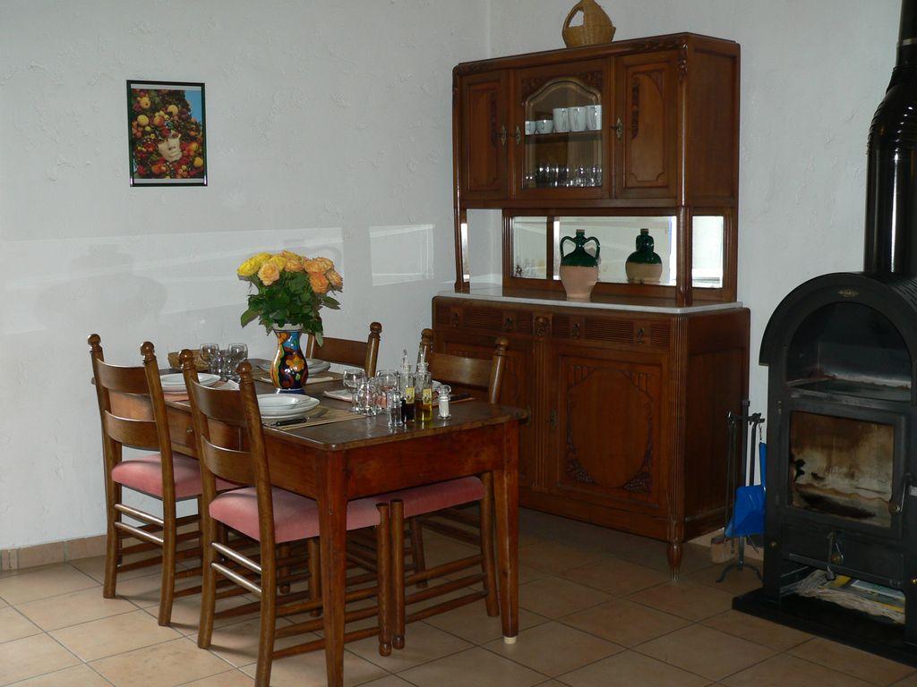 Home gite danila renzo for Salle a manger coin